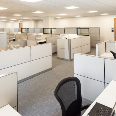 used cubicles | used desks | used file cabinets | used filing cabinets | used reception desk | used office partitions